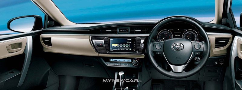 corolla_altis_interior_2